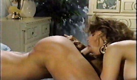 पत्नी एक आदमी बह रही है । हिंदी सेक्सी पिक्चर फुल मूवी वीडियो