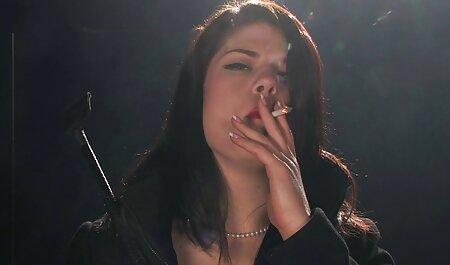 चुपचाप बार के तहत उसके पति फुल मूवी सेक्सी पिक्चर की लैला लंदन दोस्त