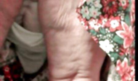 दो पुरुषों पूरी भावना बाईं ओर के हिंदी में फुल सेक्सी मूवी शस्त्रागार में कमबख्त