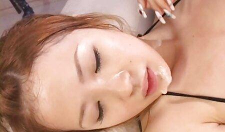 स्तनों के हिंदी मूवी फुल सेक्स बीच एक टैटू के साथ त्वचा के चयन के निर्माण पर एक गधे के साथ बढ़ रहा है