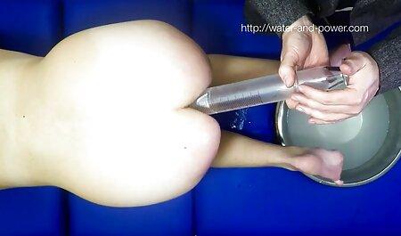 छात्र कमरे, भाप स्नान, भूरे रंग के बाल में बंद कर फुल सेक्सी मूवी वीडियो में दिया, और उसके पीछे छेद में मुर्गा धक्का दिया