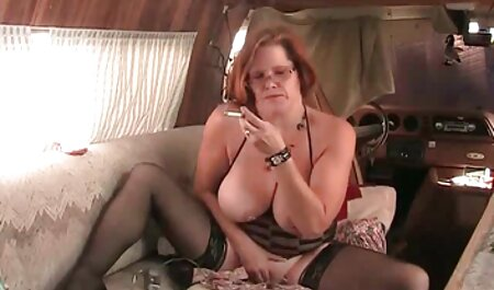 सफेद मोज़ा में सेक्सी पिक्चर फुल मूवी उत्साहित माँ