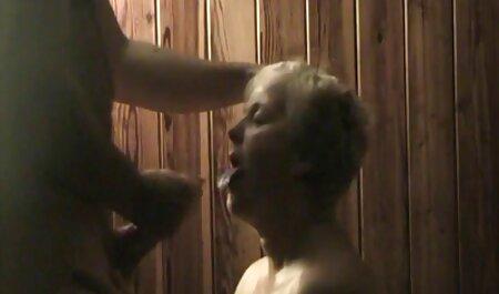 बेडरूम में काले ट्रिम के साथ हिंदी फुल सेक्सी मूवी मैक्सिकन महिला