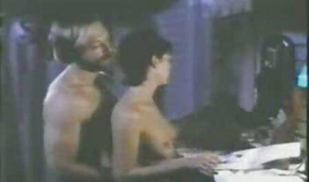 जिम में हिंदी में सेक्सी वीडियो फुल मूवी खेल गोरा क्रश सिलिकॉन