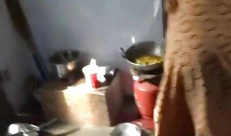 पुरुषों सेक्सी मूवी फुल हड हिंदी मे के बिस्तर पर एक औरत तला हुआ पंप