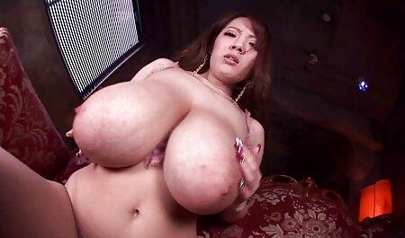 माँ बाथरूम में एक आदमी मिल गया और फुल हिंदी सेक्स मूवी उसे बकवास