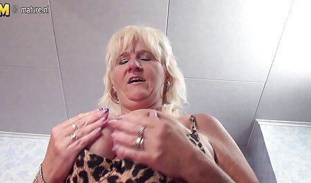 बड़े सफेद बाल, काले आदमी के सेक्सी मूवी फुल एचडी सेक्सी मूवी साथ रूनी और सेक्स में कपड़े पहने