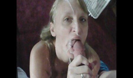 अपनी जीभ बहर, और बेज मोज़ा में एक लड़की की सेक्स हिंदी फुल मूवी गुदा में लिंग