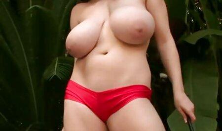 मालिश और तेल के साथ हिंदी सेक्सी फुल मूवी ग्राहक के शरीर धोने, योनि में सेक्स
