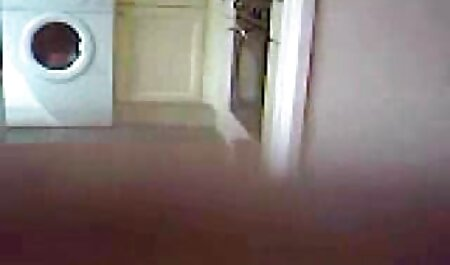 किशोर उसे नीचे पहनने के कपड़ा बंद हवा हिंदी सेक्सी वीडियो फुल मूवी से खड़ी महिला